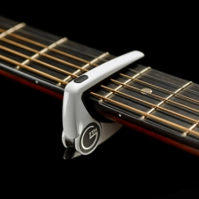 G7th Performance 2 Capo in White