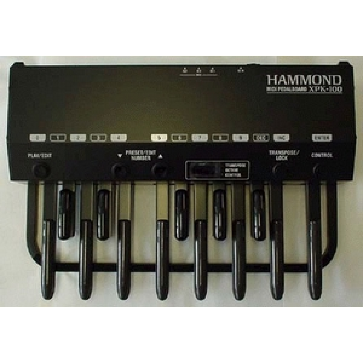 hammond hammond organs midi pedal boards hammond xpk100 midi pedal board at promenade music. Black Bedroom Furniture Sets. Home Design Ideas