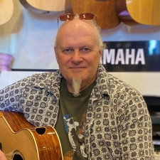 Acoustic Guitar Lessons with Tony Cox at Promenade Music