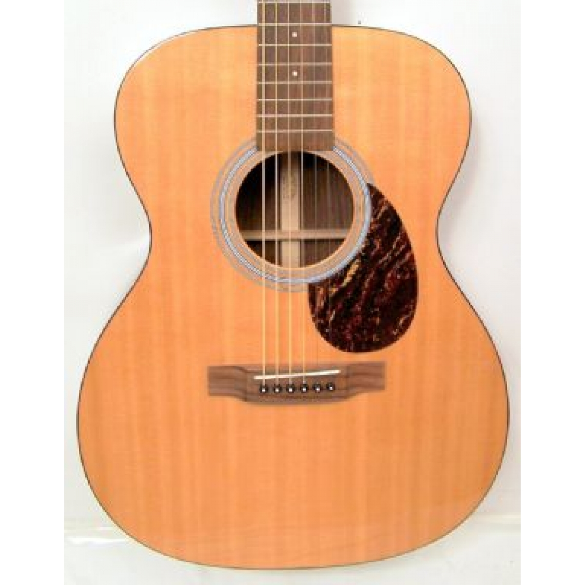 martin om21 orchesta model american acoustic guitar in natural case at promenade music. Black Bedroom Furniture Sets. Home Design Ideas