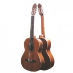 Mendieta Conservatoire D Classical Guitar With Hiscox Hard Case