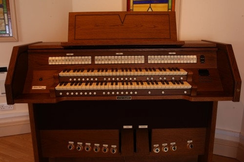 Viscount Classical Church Organ Hire