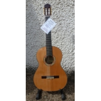 Mendieta Artizan Y Classical Guitar With Hiscox Hard Case