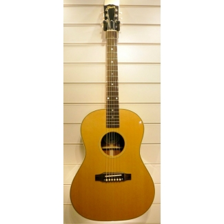 Gibson LG2 American Eagle Electro Acoustic Guitar In Natural