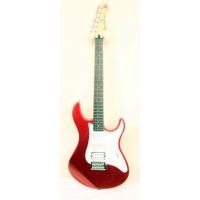 Yamaha PACIFICA 012 In Red Metallic