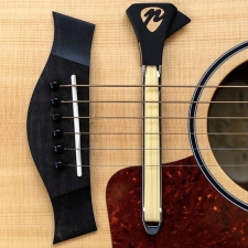 Pickaso Guitar Bow In New Zealand Natural Abalone Veneer With Rosin (PBNZN)