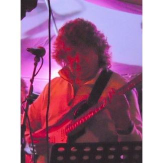 Electric Guitar Lessons with Keith Ashcroft at Promenade Music