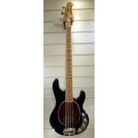 MusicMan Stingray 4 String Bass with 3 band EQ in Black, Secondhand