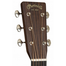 Martin D28 Dreadnought American Acoustic Guitar in Natural inc Hard Case