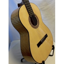 Mendieta Estudiante Flamenco Guitar with Bag