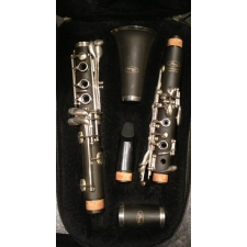Paris Artiste Bb Clarinet With Rico Mouthpiece & Case