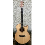 Maestro Raffles TM-CSB-AX Private Collection Electro Acoustic With Hard Case