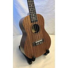 Martin Romas MR02F Concert Ukulele With Bag