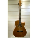 Maestro Victoria K-CSB-C 000 Size Electro Acoustic Guitar With Hard Case