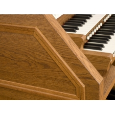 Viscount Envoy 35F Organ With 32 Note Pedalboard & Bench