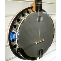 Deering Boston 5 String Banjo With Hard Case