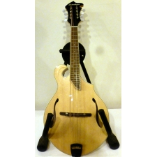 Breedlove Crossover FF NT Mandolin with Florentine Cutaway in Natural inc Bag