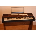 Viscount Cantorum 6 Keyboard With Stand & Volume Pedal