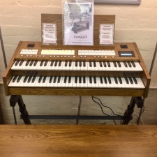 Content Compact 224 Intern Portable Organ System in Dark Oak