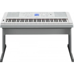 Yamaha DGX660 Portable Piano in White (DGX660WH), Ex-Demo