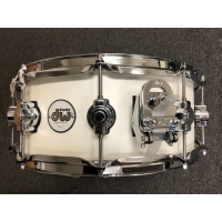 "DW Design Series 14"" x 5.5"" Snare Drum in Gloss White"