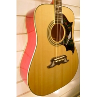 Epiphone Dove Acoustic Guitar in Natural