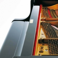 Kawai GL10 Grand Piano in Ebony Polished Black
