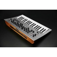 Korg Minilogue - 37 Slim Key Fully Programmable Polyphonic Analogue Synth
