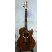 Maestro Raffles KO-CSB-K Custom Series Electro Acoustic with Hard Case
