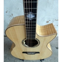 Maestro Singa FM-CSB-A Custom Series Electro Acoustic with Hard Case