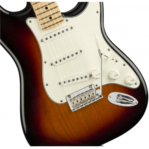 Fender Player Stratocaster, 3-Colour Sunburst, Maple Fingerboard