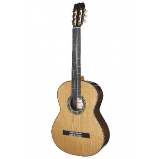 Ramirez RB Classical Guitar With Free Hard Case