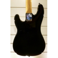 Fender Roger Waters Precision Bass in Black