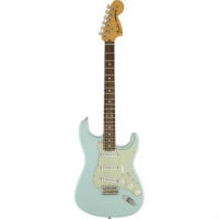Fender American Special Stratocaster in Sonic Blue